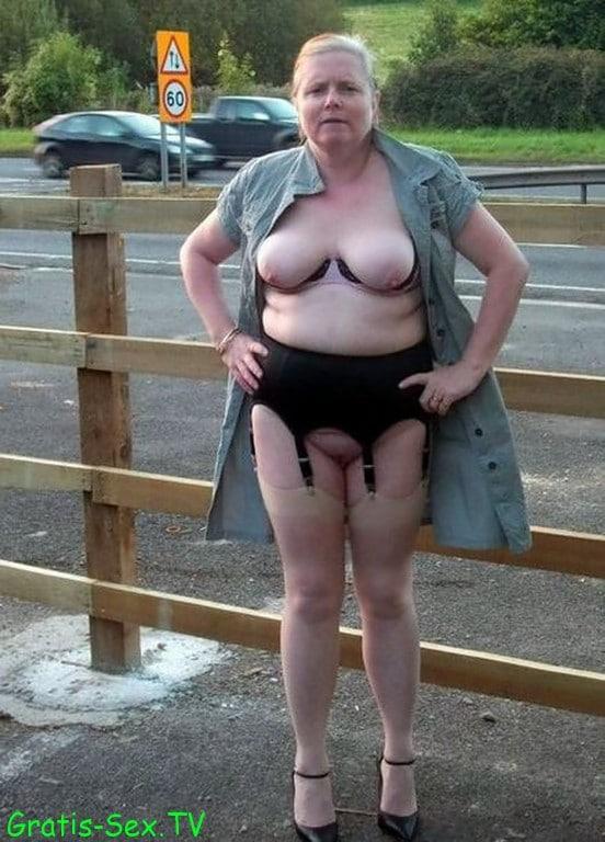 nackt bei der hausarbeit parkplatzsex a1