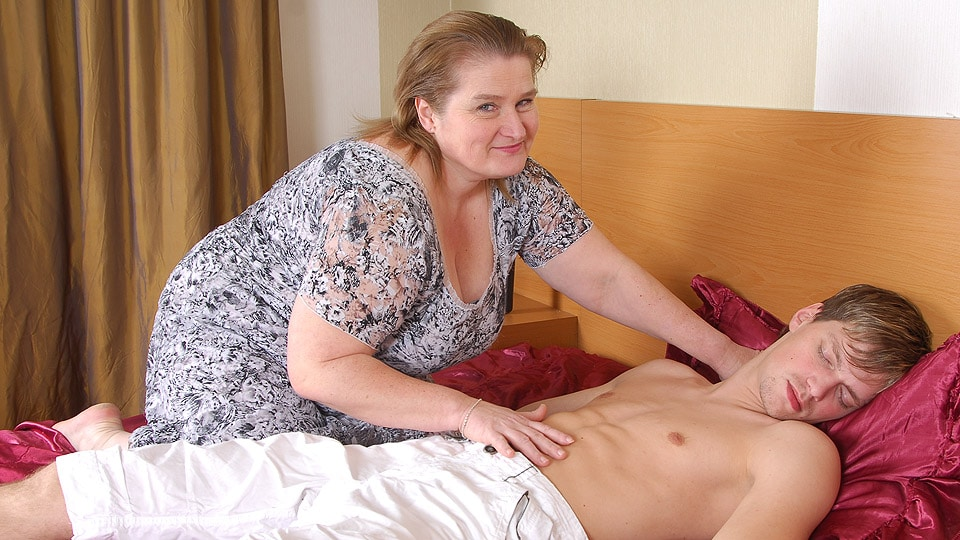 Bbw Desi Mutter Sohn reden