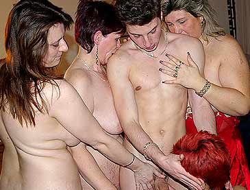 alter oma sex geile junge weiber nackt